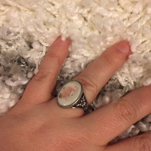 Distressed floral ring